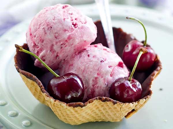 Черешневое мороженое своими руками