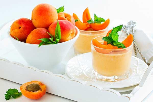 Творожно-абрикосовый коктейль