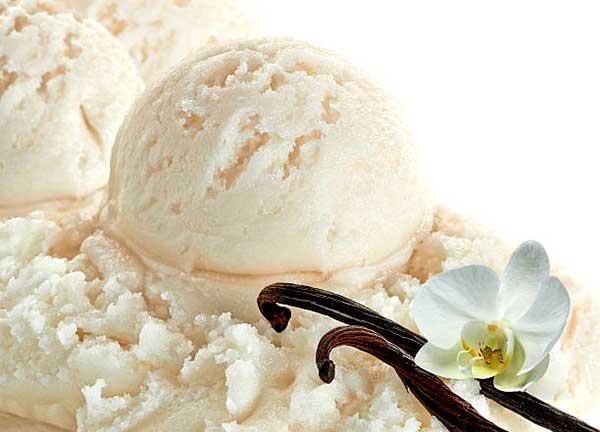 Ванильное домашнее мороженое
