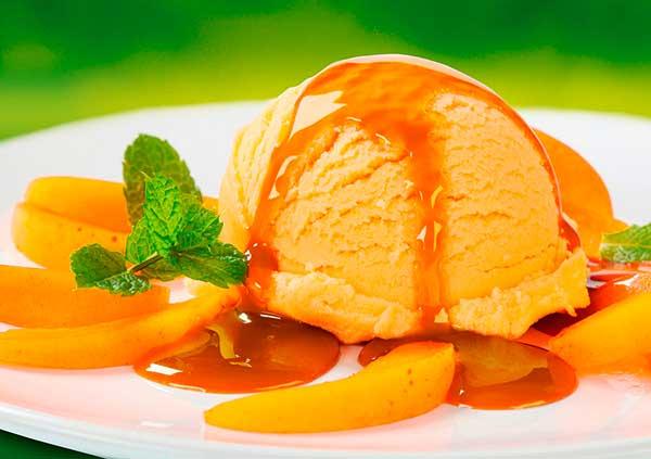 Домашний пломбир с абрикосом