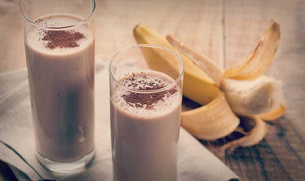 Рецепт шоколадно-молочного коктейля с банановым вкусом