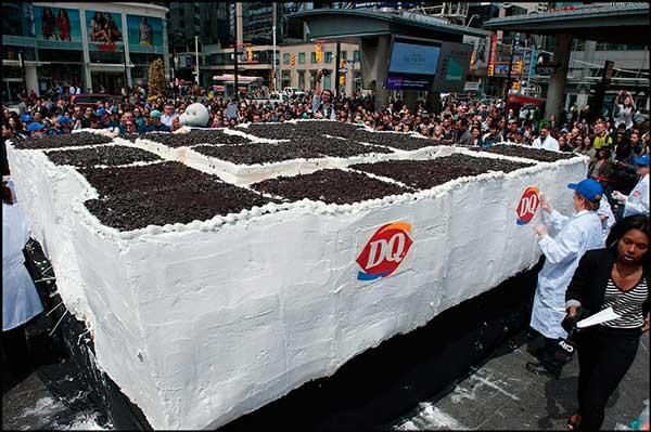 Самое большое в мире мороженое