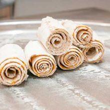 Как и из чего делают тайское «жареное» ролл-мороженое?
