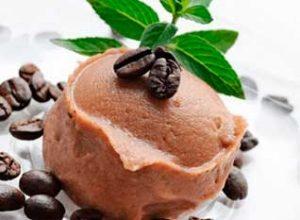 Рецепт кофейного мороженого от Юлии Высоцкой