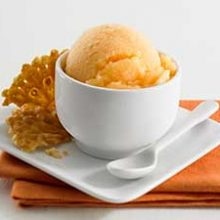 Дынное мороженое со сгущёнкой