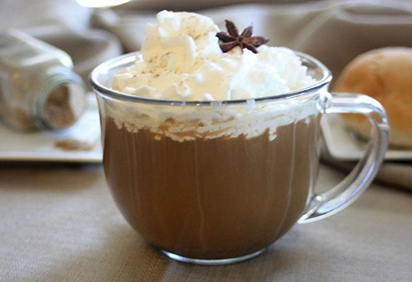 Кофе с мороженым глясе